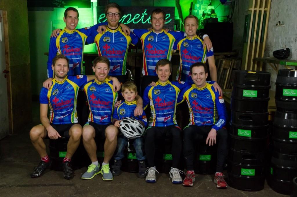 """Scuderia Suedstadt Teamfoto für die Zeitschrift """"Rennrad"""""""